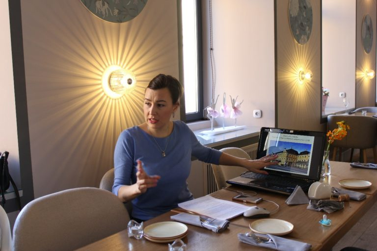 Мамаход online: Прогулка по архитектурным стилям
